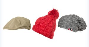 Modne czapki na jesień