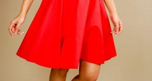 Czerwona spódnica do kolan