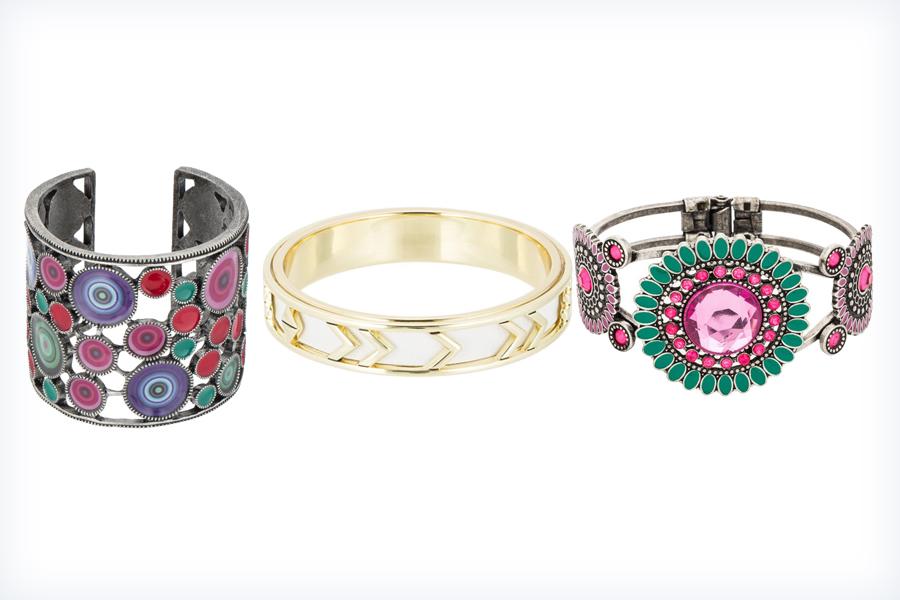 Trzy damskie kolorowe bransoletki