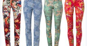 Młodzieżowe wiosenne jeansy w kwiaty