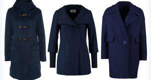 Długie niebieskie płaszcze