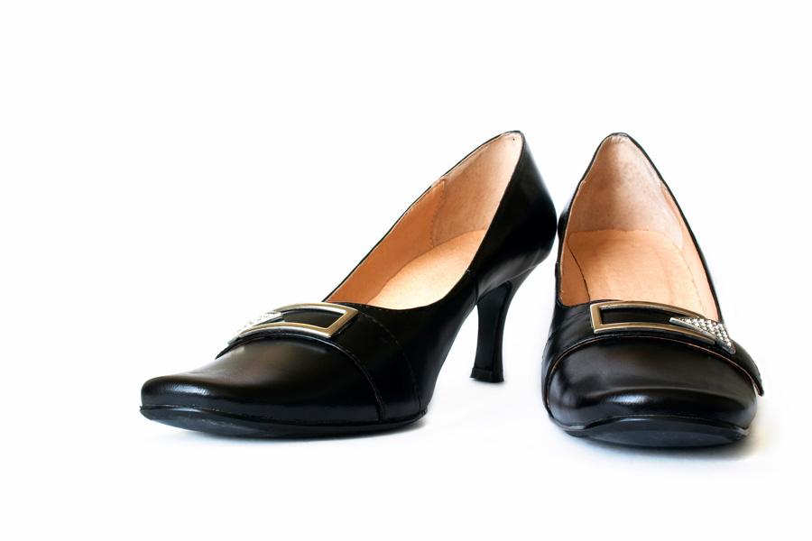 Czarne buty - obcas typu kaczuszka