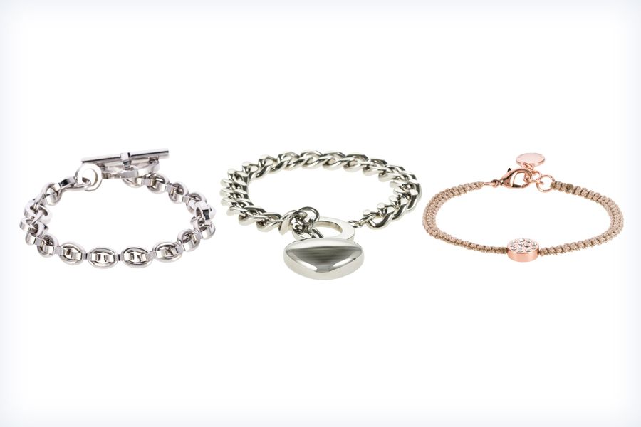 Damskie, srebrne bransoletki z breloczkami